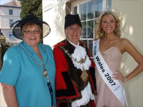 Miss Wales with Mayor & Mayoress of Haverfordwest